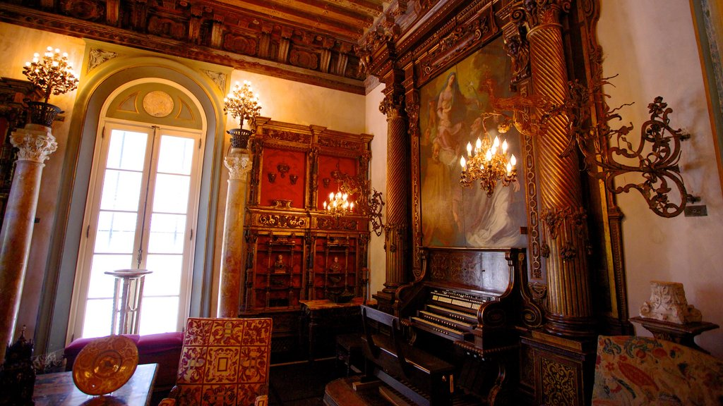 Vizcaya Museum and Gardens which includes art and interior views