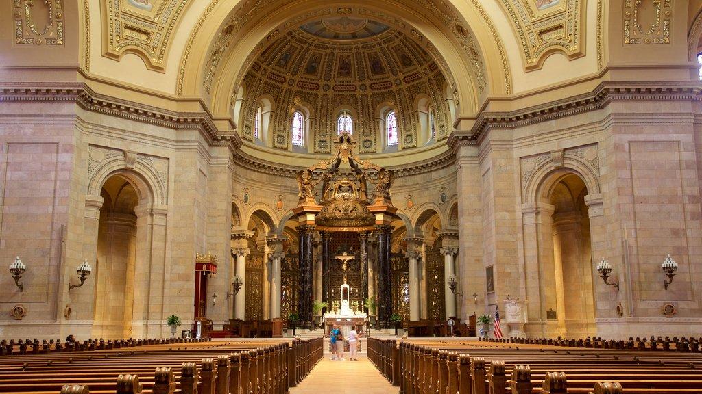 Cathedral of Saint Paul mostrando vistas interiores, elementos del patrimonio y elementos religiosos