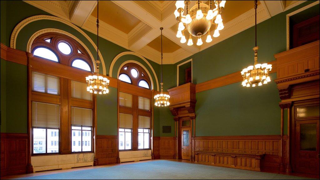 Landmark Center que incluye vistas interiores y elementos del patrimonio