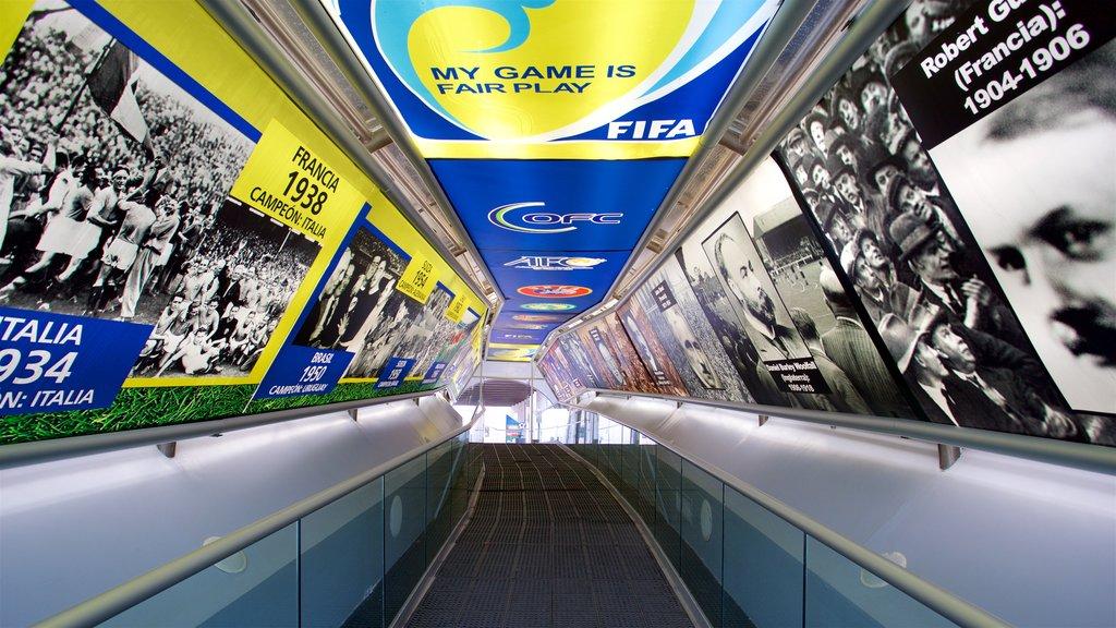 Centro Interactivo Mundo Fútbol mostrando vistas interiores