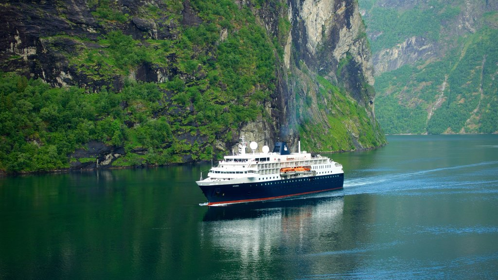 Geiranger which includes a gorge or canyon, a river or creek and cruising