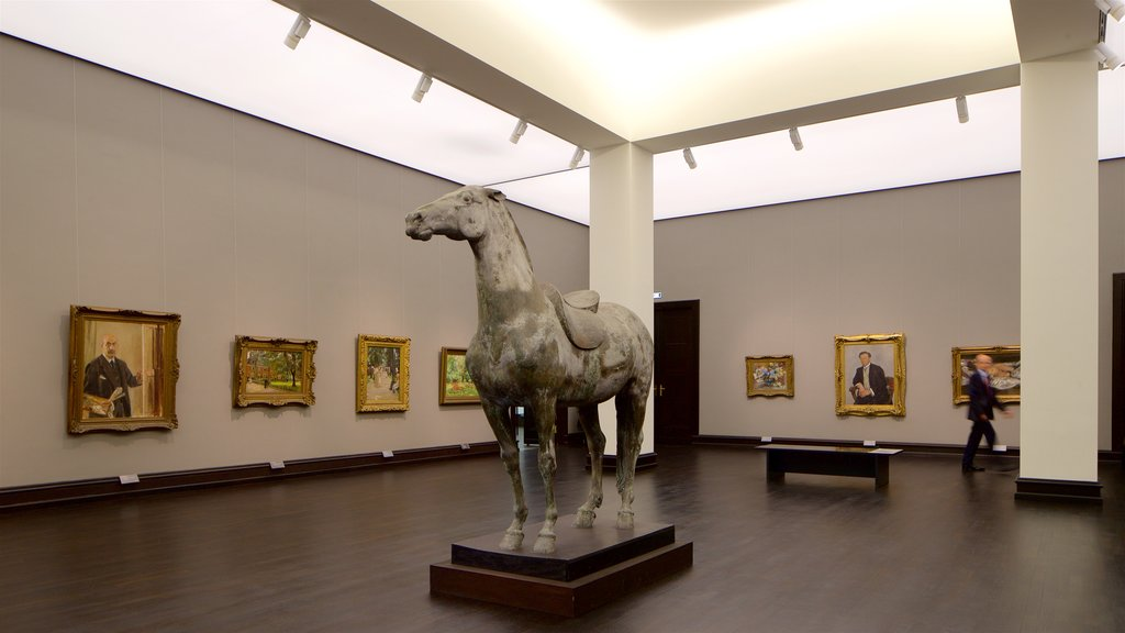 Kunsthalle Bremen featuring art and interior views