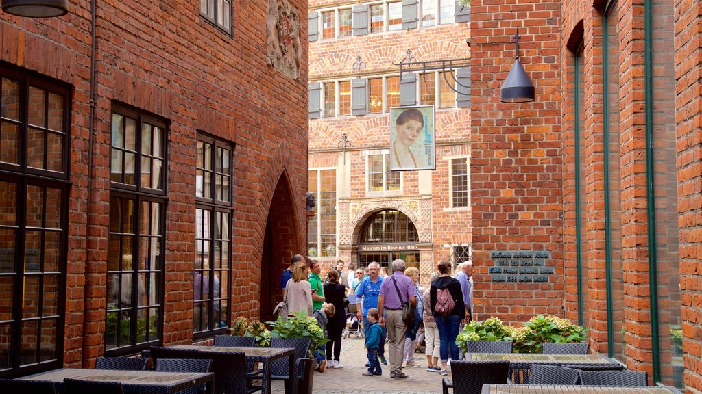 Bremen which includes heritage elements as well as a small group of people