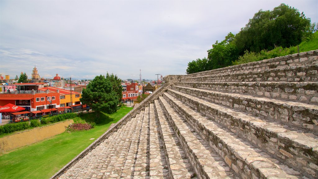 San Andrés Cholula featuring heritage elements and a small town or village
