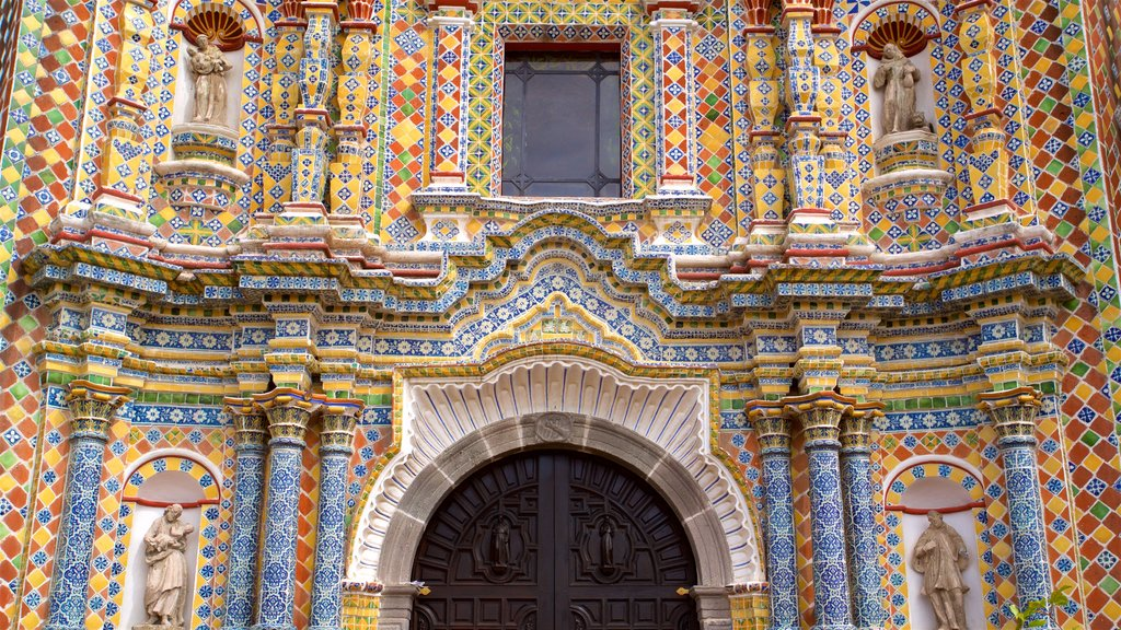 Templo San Francisco Acatepec showing heritage elements