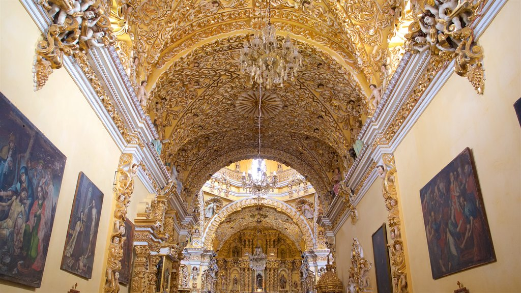 Puebla showing heritage elements, art and a church or cathedral