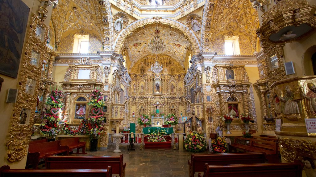 Puebla featuring heritage elements, interior views and a church or cathedral