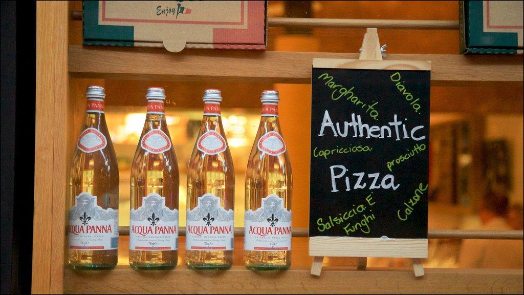 Townsville mostrando refrescos o bebidas y señalización