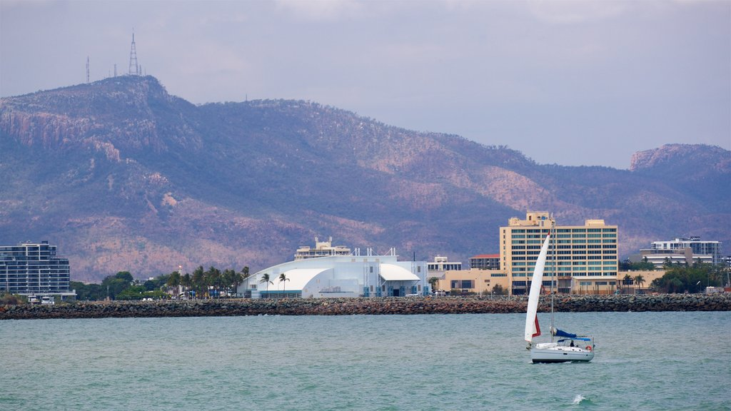 Townsville which includes tranquil scenes, a city and boating