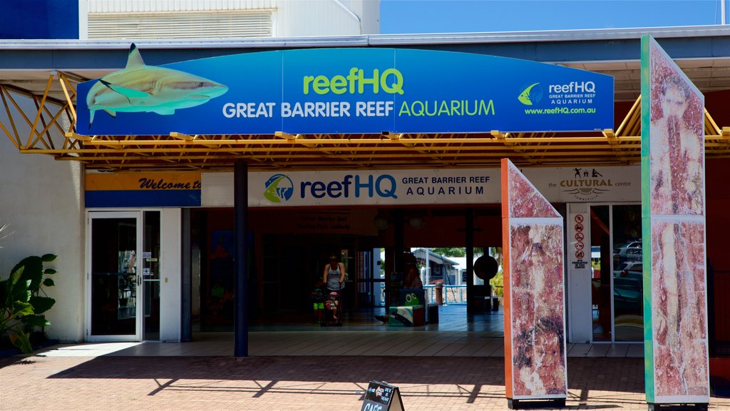 ReefHQ Aquarium featuring signage