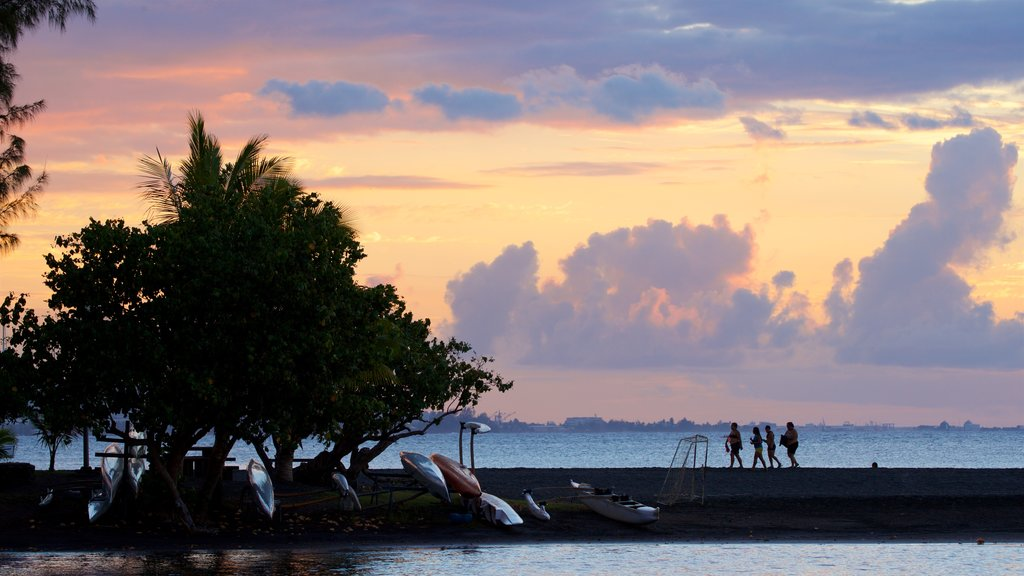 Mahina featuring a sunset and general coastal views