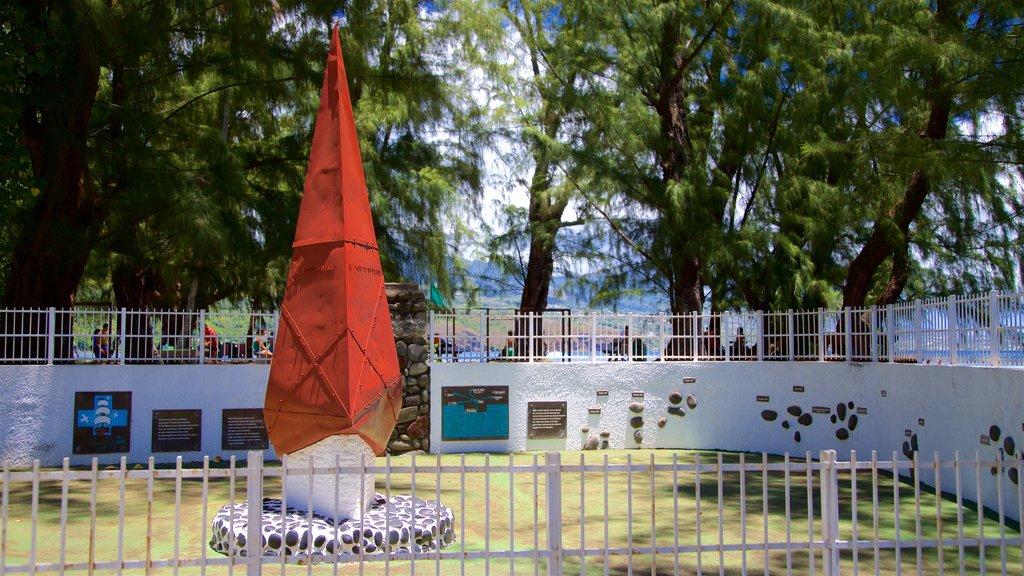 Islas de la Sociedad que incluye arte al aire libre