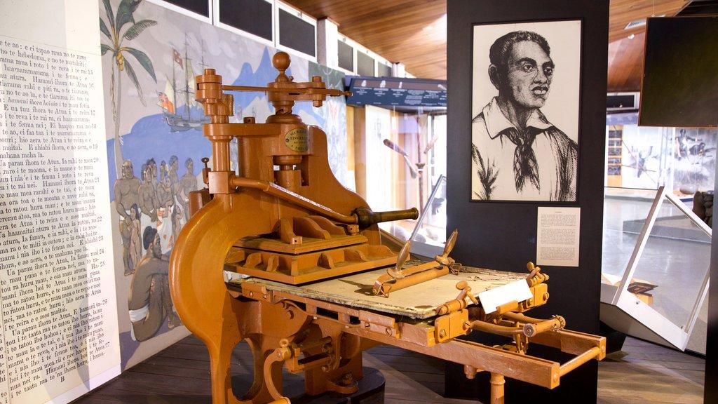 Museo de Tahití que incluye vistas interiores y elementos del patrimonio