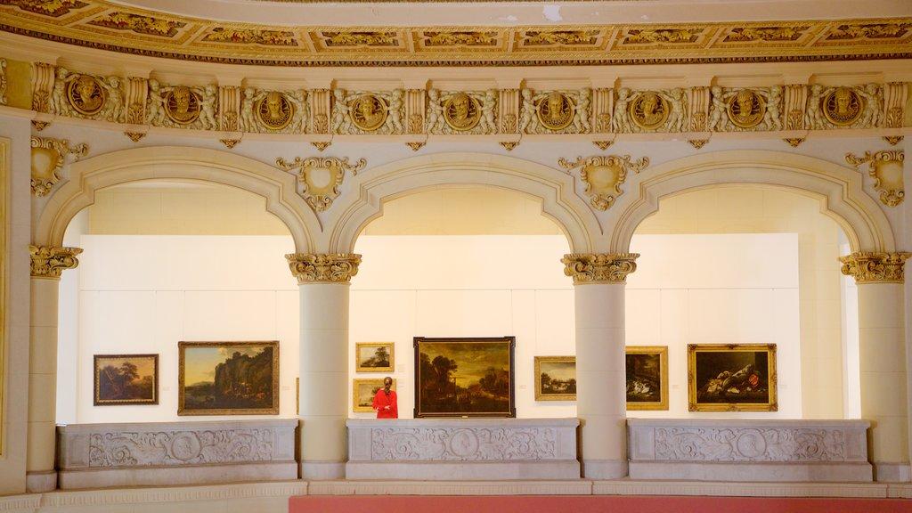 La Habana que incluye elementos del patrimonio, vistas interiores y arte