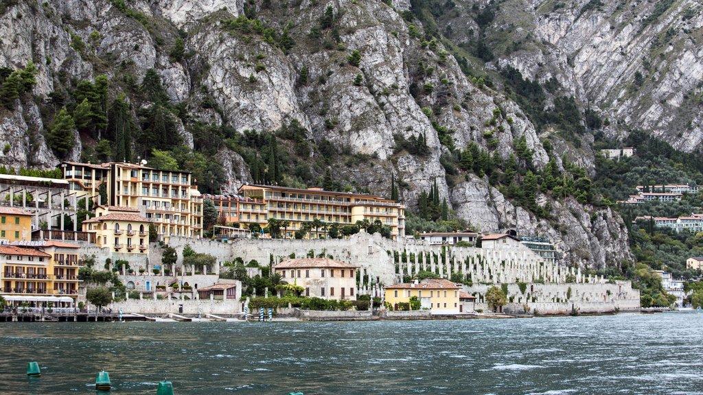 Limone sul Garda featuring a bay or harbor