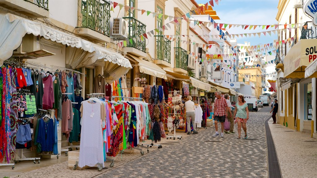 Albufeira Old Town Square showing markets