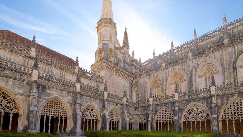 Batalha Monastery showing heritage architecture