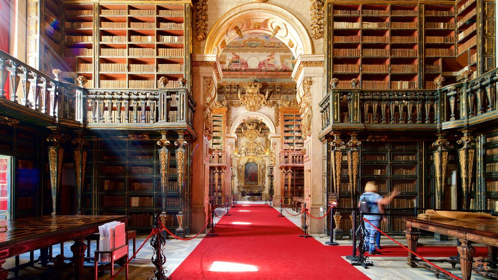 Biblioteca Joanina showing heritage elements, religious elements and interior views