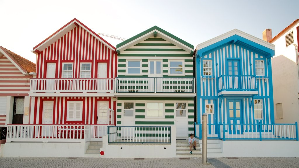 Praia da Costa Nova que inclui uma casa