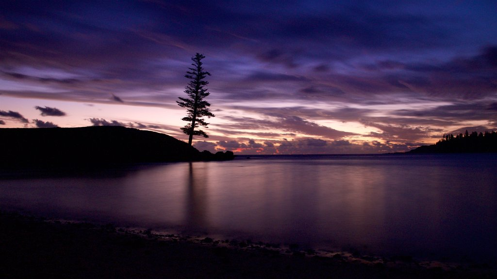 Norfolk Island showing a sunset and general coastal views