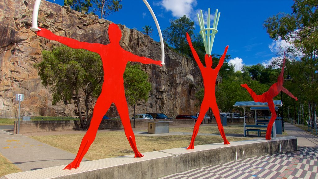Kangaroo Point Cliffs which includes a park and outdoor art