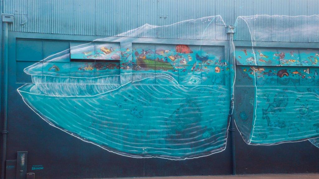 Napier que incluye arte al aire libre