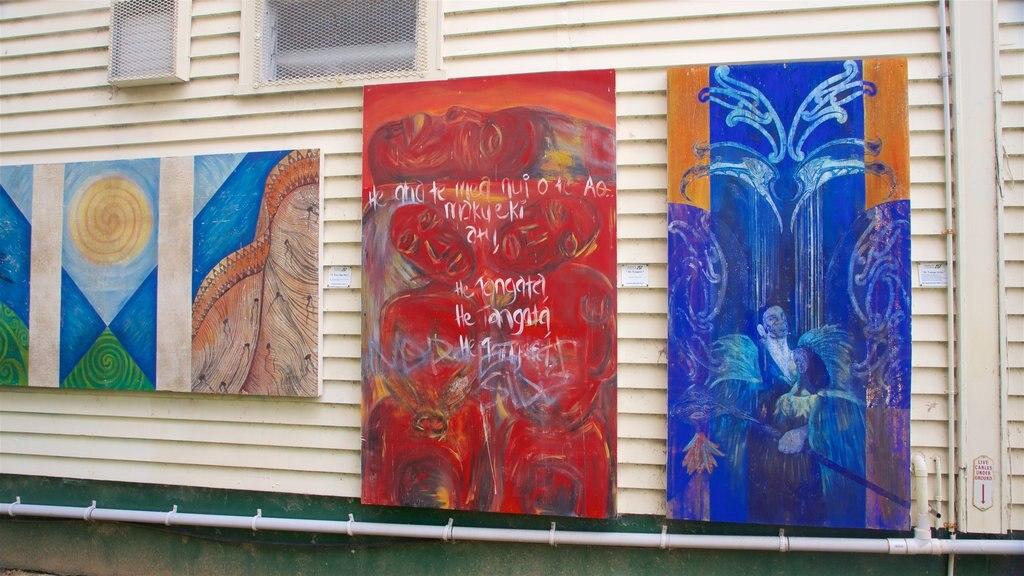 Botanica & Cafler Park mostrando arte