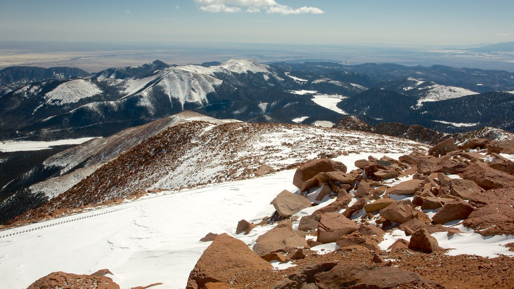 Pikes Peak which includes mountains, snow and landscape views
