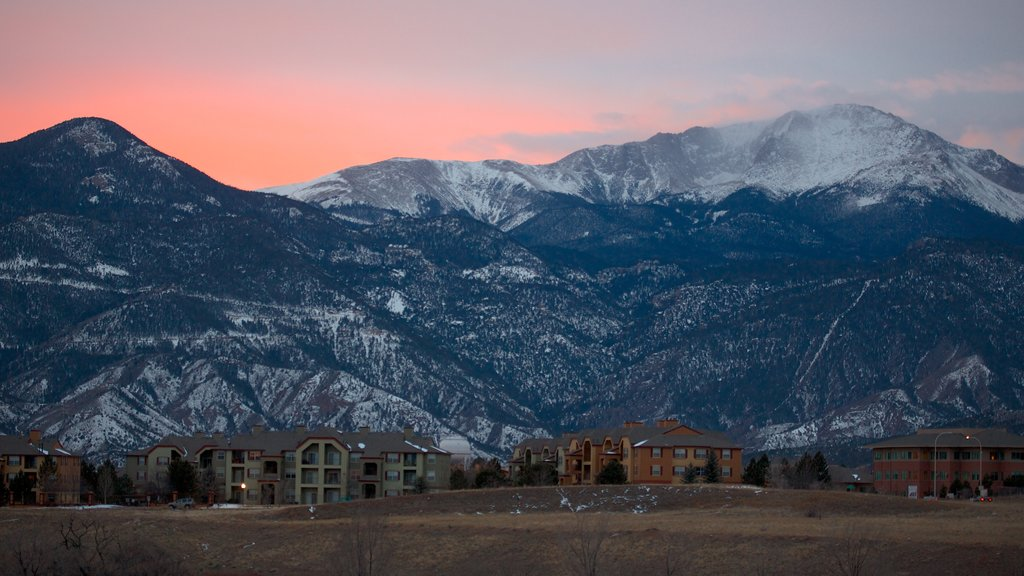 Pikes Peak which includes landscape views, mountains and a sunset