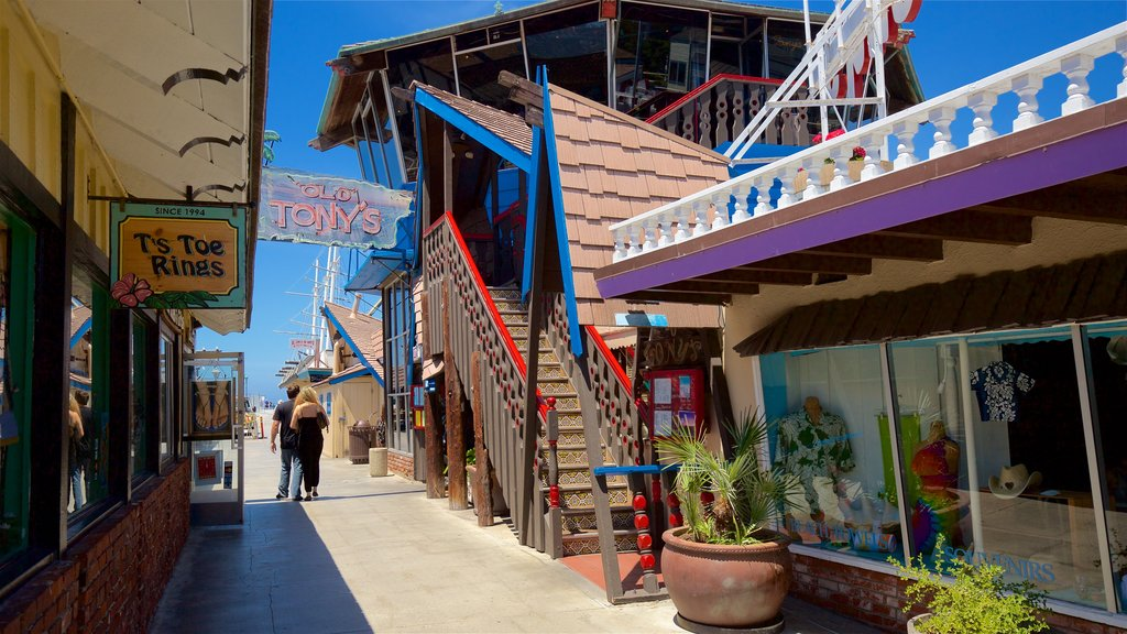 Redondo Beach which includes signage