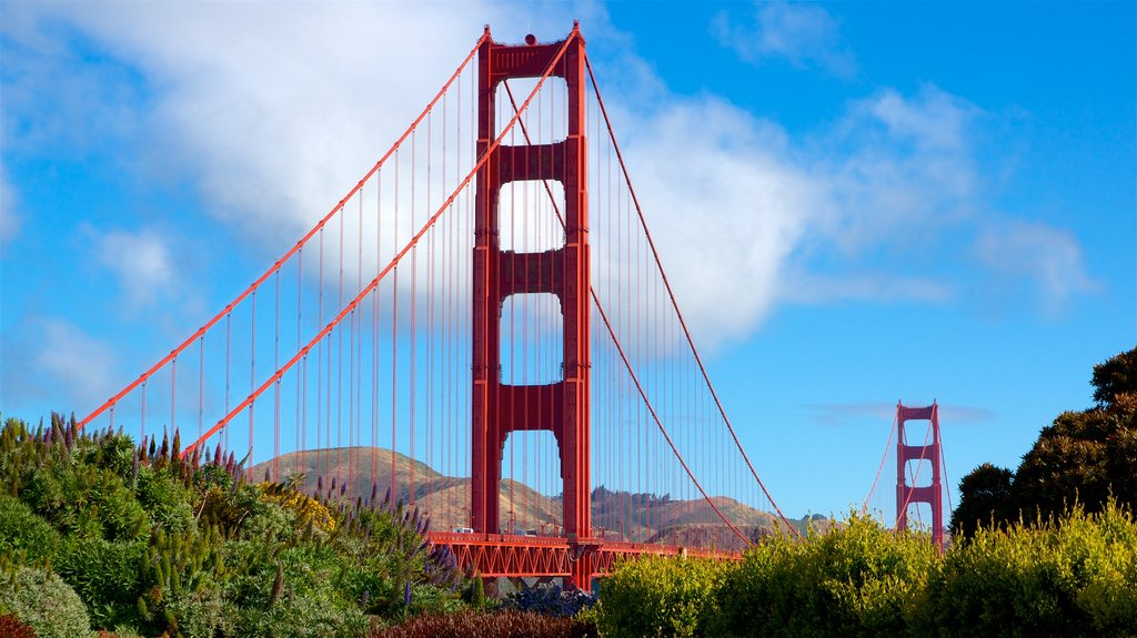 Golden Gate Bridge featuring a bridge