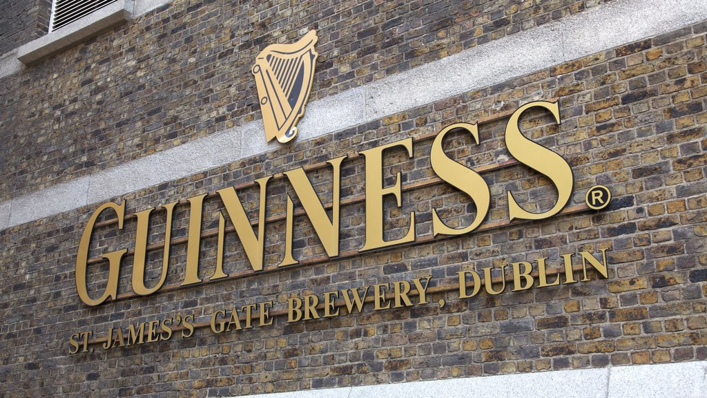 Guinness Storehouse showing signage