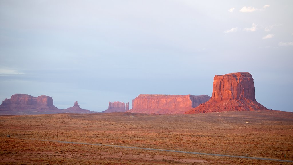 Monument Valley showing a gorge or canyon, tranquil scenes and landscape views