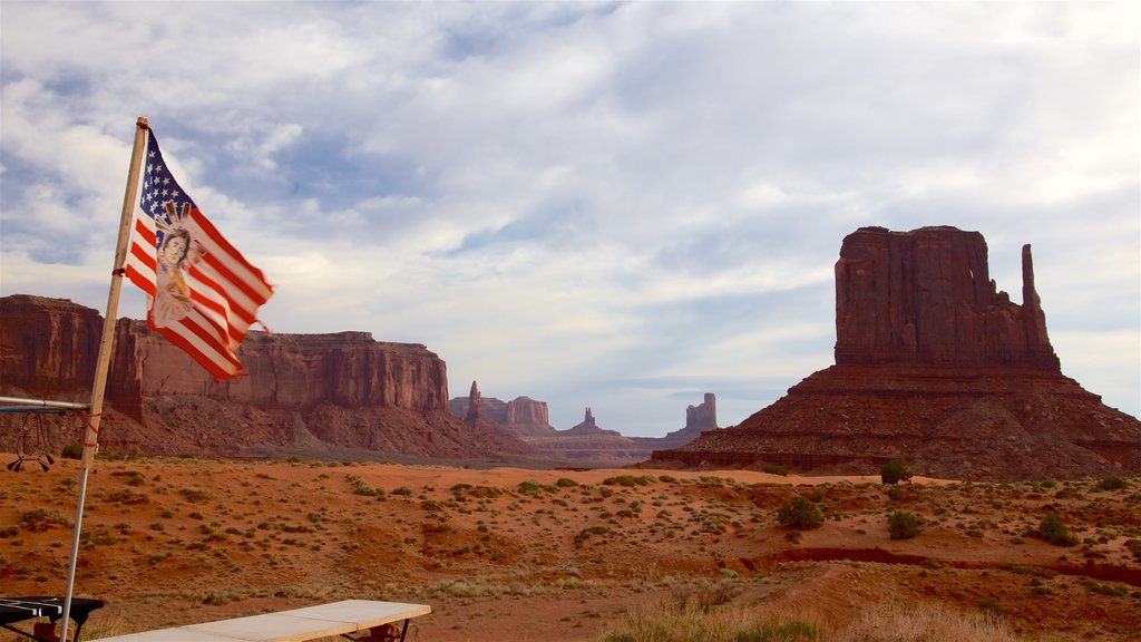 Monument Valley featuring a gorge or canyon, desert views and landscape views