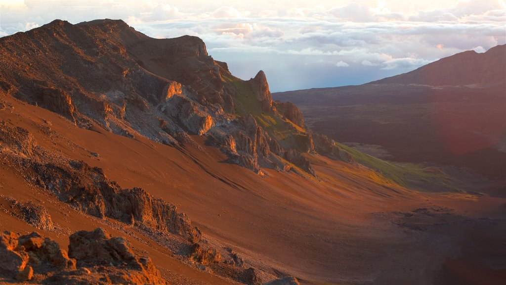 Haleakala National Park showing tranquil scenes, a sunset and landscape views