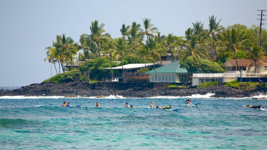 Kahalu\'u Beach Park which includes surf, rocky coastline and tropical scenes