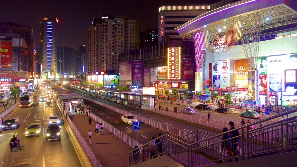 Tianhe que incluye escenas nocturnas, una ciudad y distrito financiero central