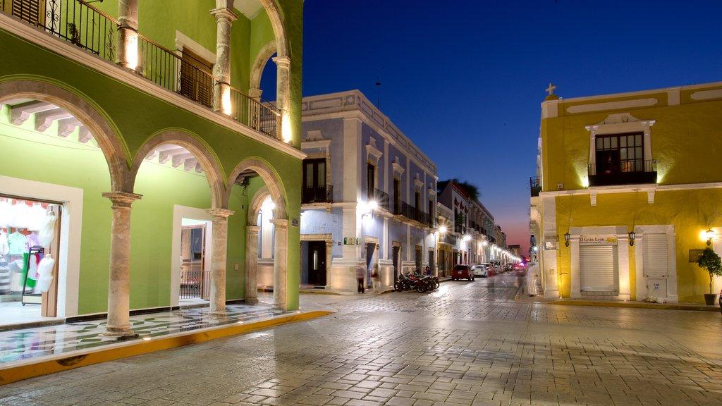 Campeche which includes night scenes