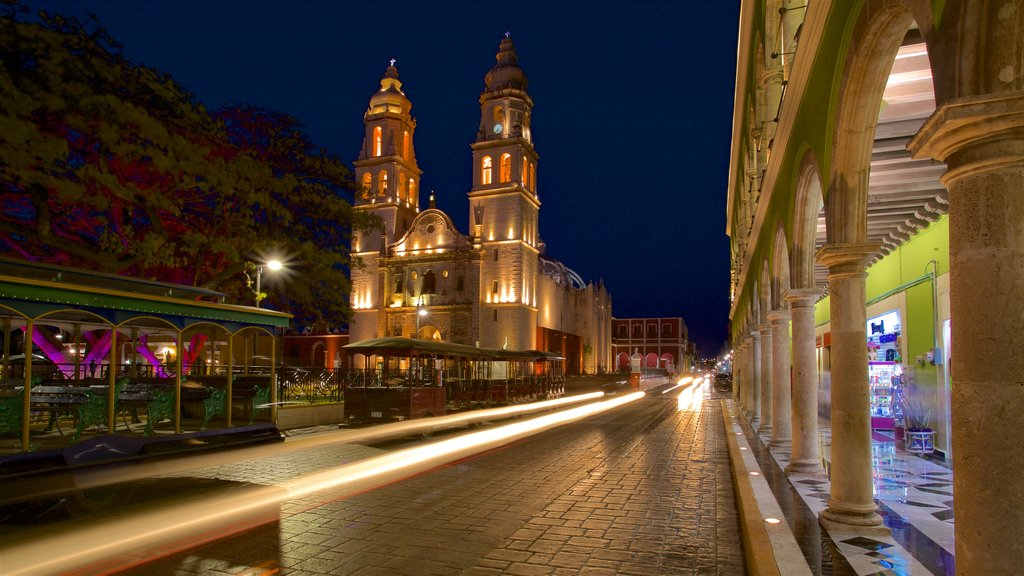 Campeche showing a church or cathedral, heritage architecture and night scenes