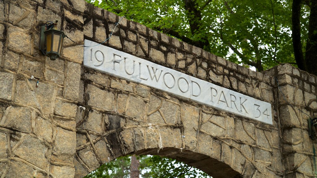Fulwood Park featuring signage