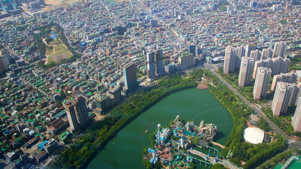 Lotte World Tower showing landscape views, a city and a bay or harbor