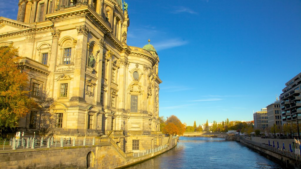 Berlin Cathedral which includes a city, religious elements and a church or cathedral