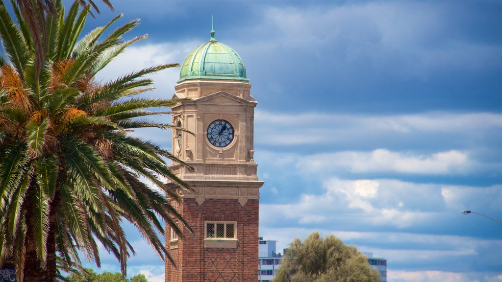 St Kilda featuring heritage architecture