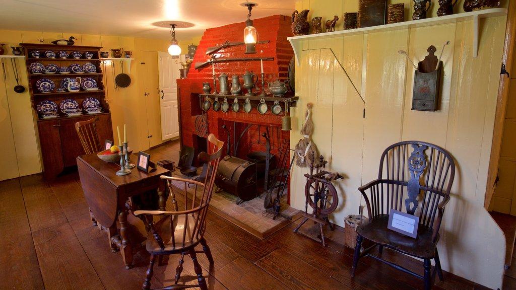 Museo Home Sweet Home mostrando vistas interiores, una casa y elementos del patrimonio