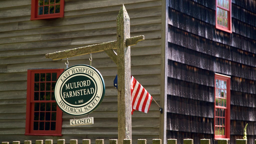 East Hampton featuring signage