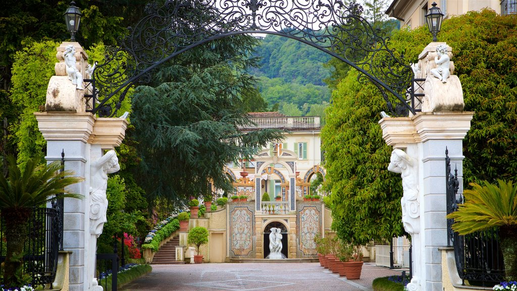 Stresa which includes a park, heritage elements and a house