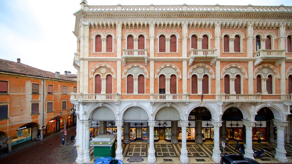 Piazza delle Erbe featuring heritage elements