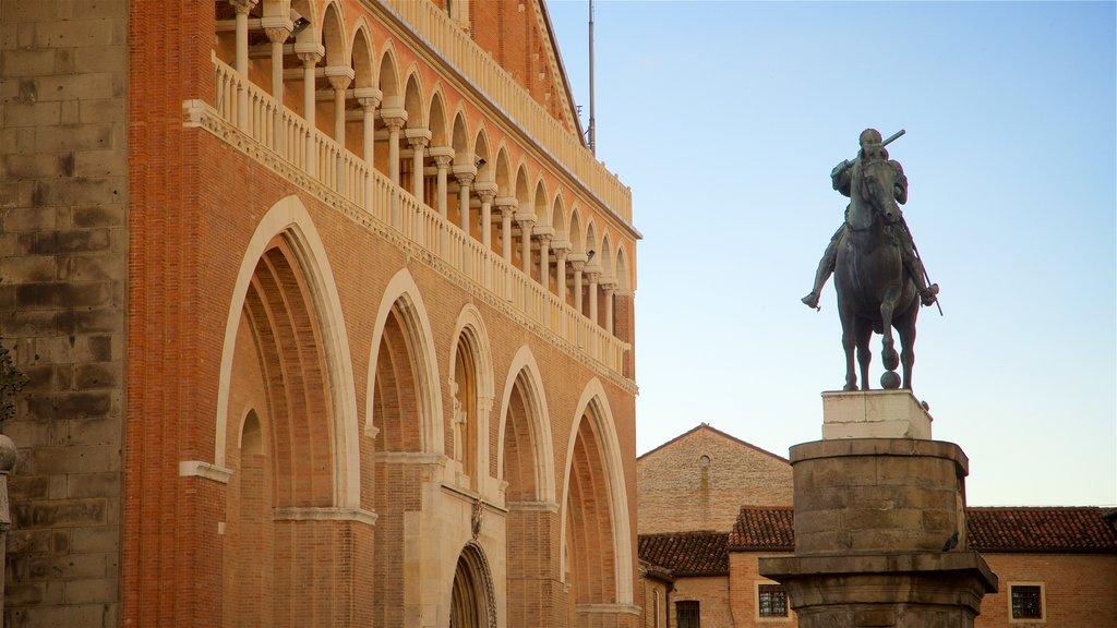 Basilica di Sant\'Antonio da Padova showing a sunset, heritage elements and a statue or sculpture