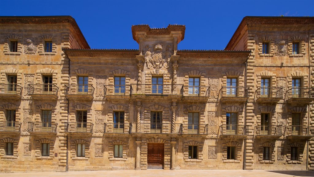 Palacio de Camposagrado which includes heritage architecture