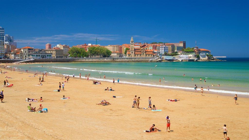 San Lorenzo Beach which includes a city, a coastal town and a sandy beach